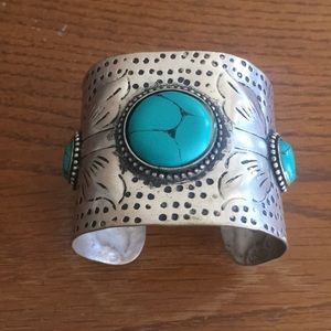 Jewelry - Boho fashion cuff